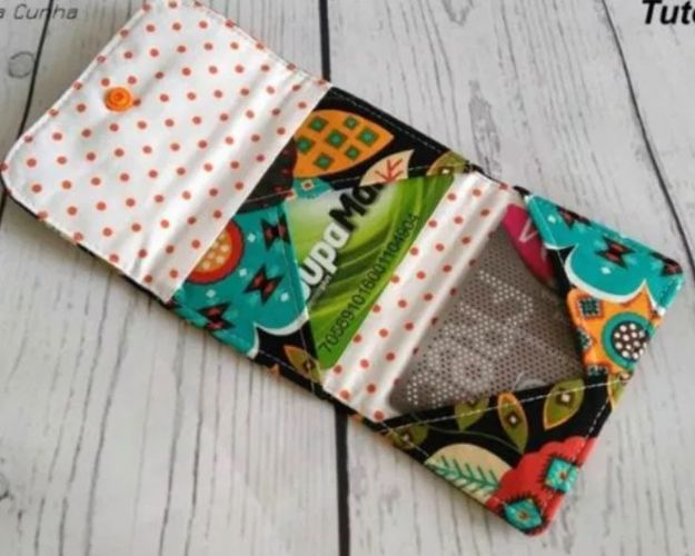 DIY Wallets - Criss Cross Card Mini Wallet - Cool and Easy DIY Wallet Ideas - Fabric, Duct Tape and Leather Crafts - Tutorial and Instructions for Making A Wallet - Cheap DIY Gifts