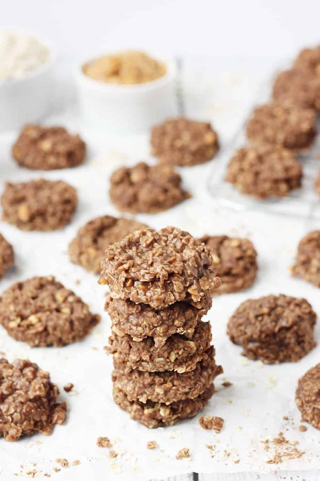Potluck Recipe Ideas - Crunchy Peanut Butter No Bake Cookies - Easy Recipes to Take To Potlucks - Dinner Casseroles, Salads, One Pot Meals, Pasta Dishes, Quick Crockpot Recipes