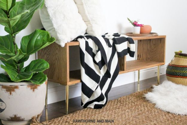 DIY Midcentury Modern Decor Ideas - DIY Mid-Century Bench - DYI Mid Centurty Modern Furniture and Home Decorations - Chairs, Sofa, Wall Art , Shelves, Bedroom and Living Room