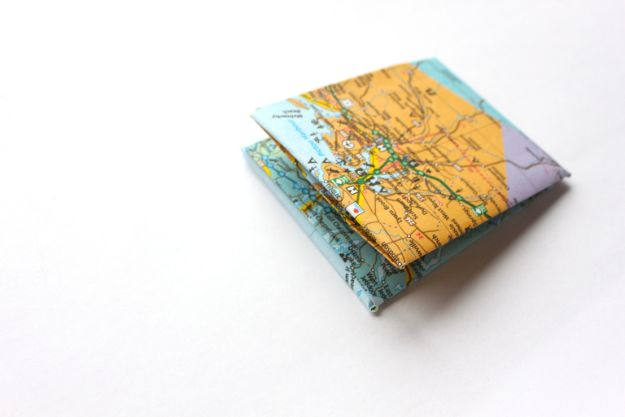DIY Wallets - DIY Paper Wallet - Cool and Easy DIY Wallet Ideas - Fabric, Duct Tape and Leather Crafts - Tutorial and Instructions for Making A Wallet - Cheap DIY Gifts