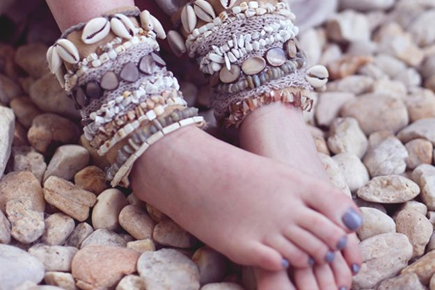 DIY Boho Clothes and Jewelry - DIY Shell Embellished Ankle Cuffs - How to Make Easy Boho Fashion On A Budget - Edgy Homemade Hippe Clothing Ideas for Summer, Winter, Spring and Fall