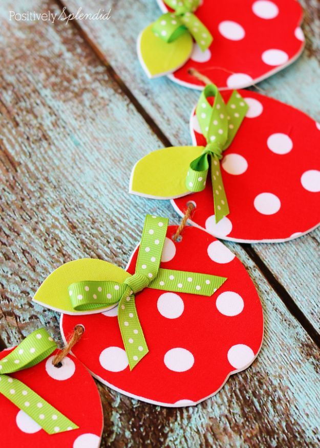 DIY Apple Crafts | Easy No Sew Fabric Apple Garland - Cute and Easy DIY Ideas With Apples - Painting, Mason Jars, Home Decor