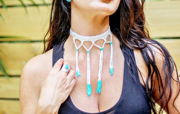 DIY Boho Clothes and Jewelry - Easy Statement Choker - How to Make Easy Boho Fashion On A Budget - Edgy Homemade Hippe Clothing Ideas for Summer, Winter, Spring and Fall