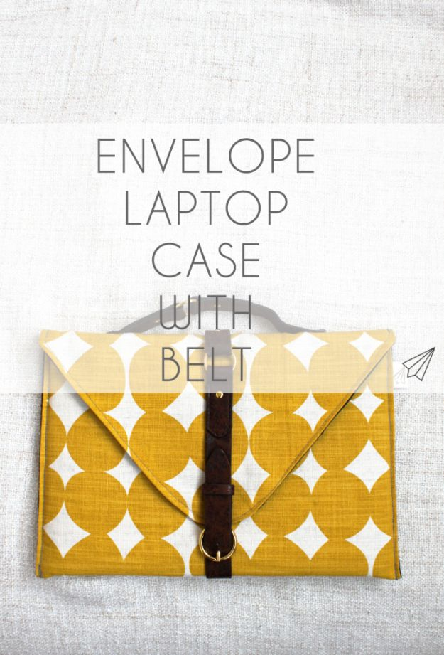 DIY Laptop Bags - Envelope Laptop Case With Belt - Easy Bag Projects to Make For Your Computer - Cool and Cheap Homemade Messnger Bags, Cases for Laptops - Shoulder Bag and Briefcase, Backpack