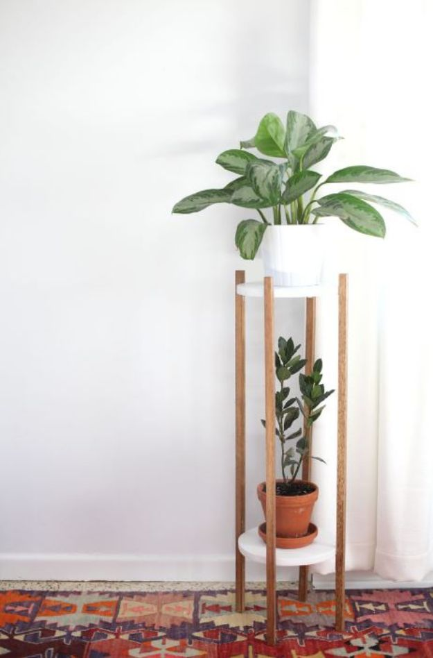 DIY Midcentury Modern Decor Ideas - Mid-Century Inspired Plant Stand DIY - DYI Mid Centurty Modern Furniture and Home Decorations - Chairs, Sofa, Wall Art , Shelves, Bedroom and Living Room