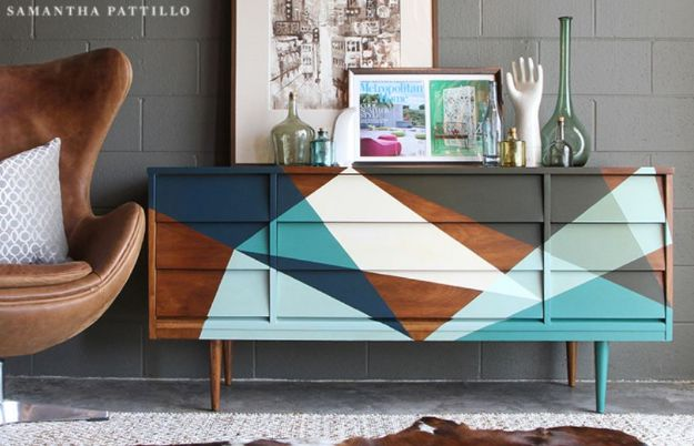 DIY Midcentury Modern Decor Ideas - Mid-Century Modern Credenza Upcycle - DYI Mid Centurty Modern Furniture and Home Decorations - Chairs, Sofa, Wall Art , Shelves, Bedroom and Living Room