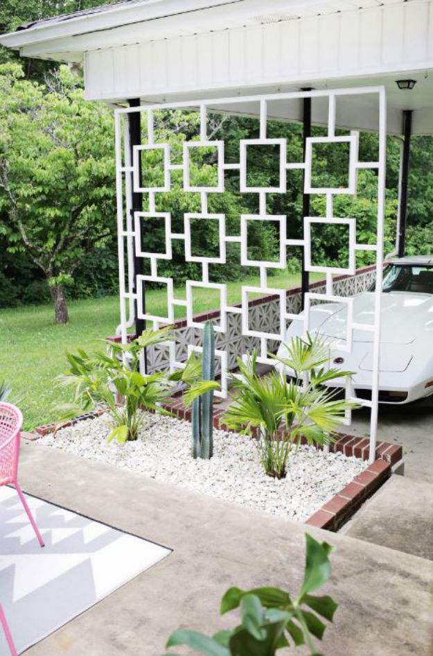 DIY Midcentury Modern Decor Ideas - Mid-Century Trellis DIY - DYI Mid Centurty Modern Furniture and Home Decorations - Chairs, Sofa, Wall Art , Shelves, Bedroom and Living Room
