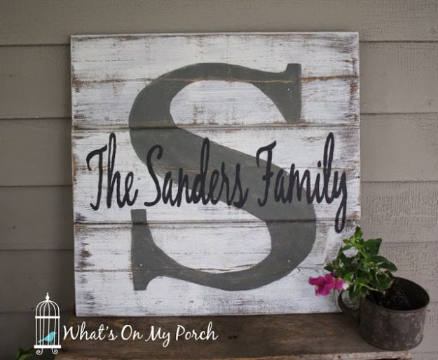 DIY Signs To Make For Your Home | Monogram Pallet Family Name Sign - Rustic Wall Art Ideas and Homemade Sign for Bedroom, Kitchen, Farmhouse Decor | Stencil Pallet and Distressed Vintage