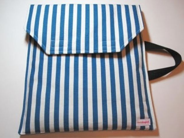DIY Laptop Bags - Netbook Case Tutorial - Easy Bag Projects to Make For Your Computer - Cool and Cheap Homemade Messnger Bags, Cases for Laptops - Shoulder Bag and Briefcase, Backpack