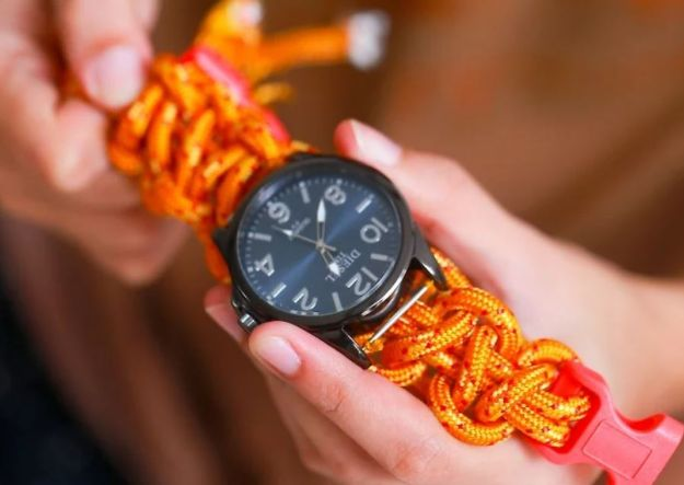 DIY Paracord Bracelet Ideas - Paracord Watch Band - Tutorials for Easy Woven Paracord Bracelets | Survival and Stitched Patterns With Instructions and How To