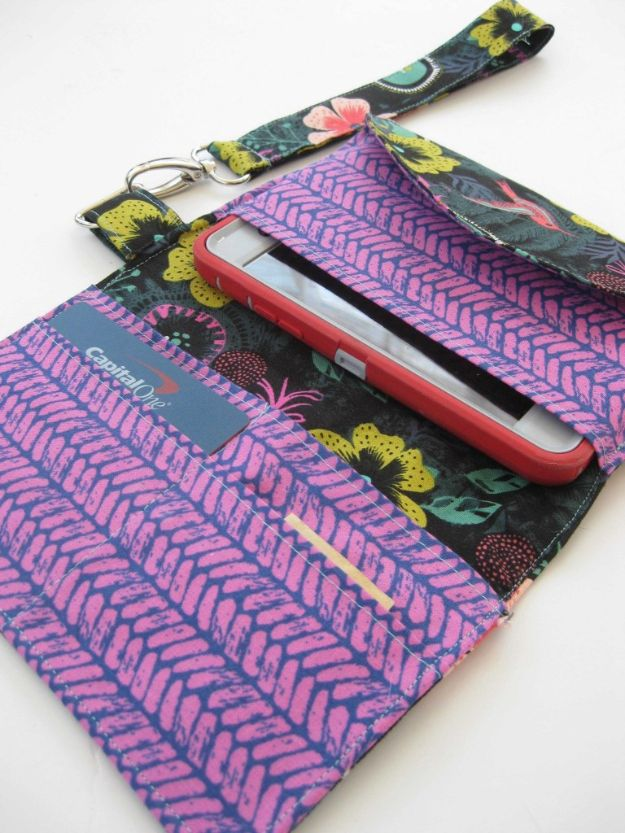 DIY Wallets - Phone Wristlet Stylish Clutch - Cool and Easy DIY Wallet Ideas - Fabric, Duct Tape and Leather Crafts - Tutorial and Instructions for Making A Wallet - Cheap DIY Gifts