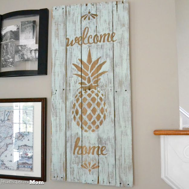 DIY Signs To Make For Your Home | Pineapple Wooden Upcycled Pallet Sign - Rustic Wall Art Ideas and Homemade Sign for Bedroom, Kitchen, Farmhouse Decor | Stencil Pallet and Distressed Vintage