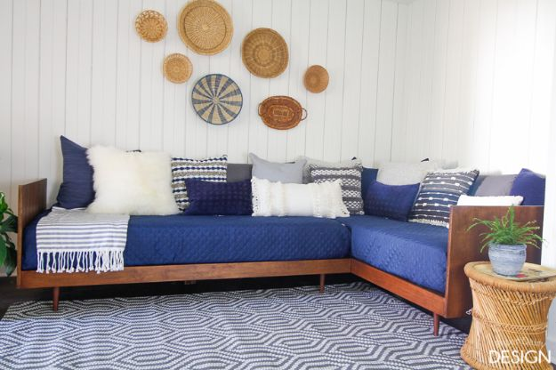 DIY Midcentury Modern Decor Ideas - Plywood Mid-Century Modern Daybed-DIY - DYI Mid Centurty Modern Furniture and Home Decorations - Chairs, Sofa, Wall Art , Shelves, Bedroom and Living Room