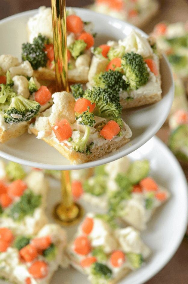 Potluck Recipe Ideas - Ranch Veggie Bars - Easy Recipes to Take To Potlucks - Dinner Casseroles, Salads, One Pot Meals, Pasta Dishes, Quick Crockpot Recipes