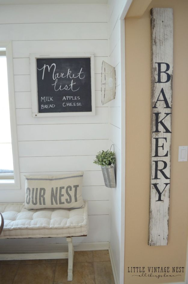 DIY Signs To Make For Your Home | Simple and Easy DIY Bakery Sign - Rustic Wall Art Ideas and Homemade Sign for Bedroom, Kitchen, Farmhouse Decor | Stencil Pallet and Distressed Vintage