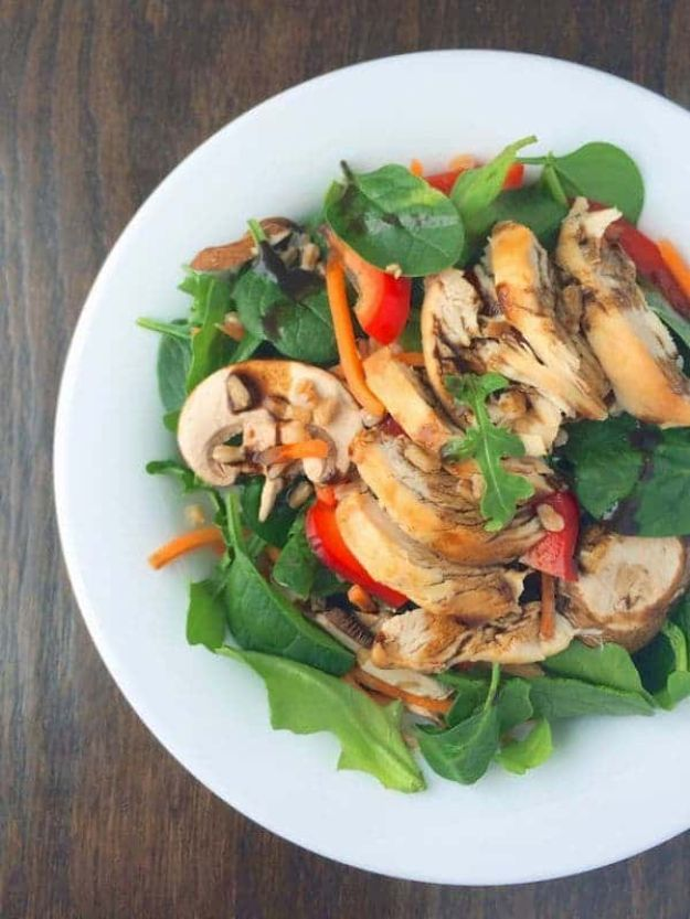 Recipes for Clean Eating - Spinach Power Salad With Chicken and Farro - Raw and Whole Foods, Unprocessed Meal and Snack Ideas for Lunch and Dinner - Fresh, Healthy Foods and Recipe Ideas