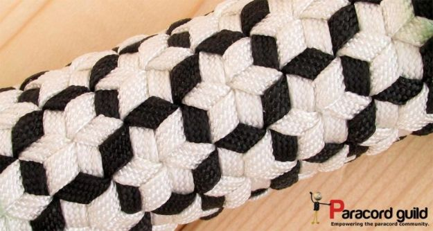 DIY Paracord Bracelet Ideas - Star Triaxial Paracord Bracelet - Tutorials for Easy Woven Paracord Bracelets | Survival and Stitched Patterns With Instructions and How To