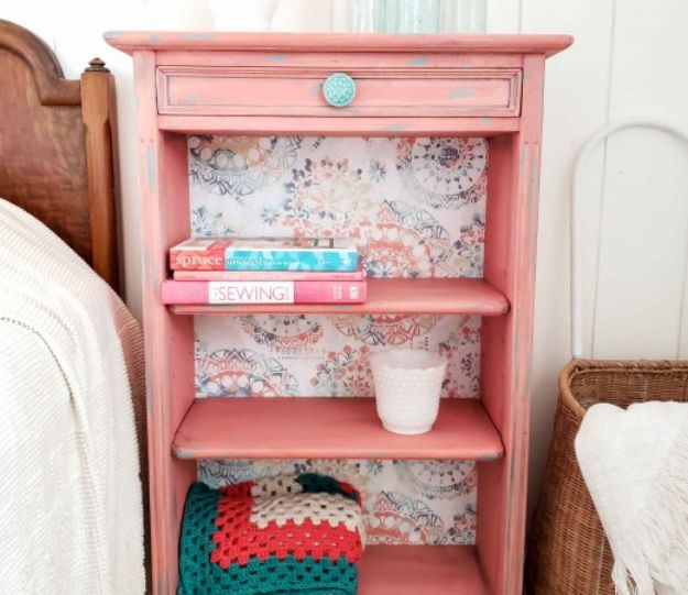 DIY Bookshelves - Update a Bookcase with the Super Finish Max Paint Sprayer - Easy Book Shelf Ideas to Build for Cheap Home Decor - Tutorials and Plans, Best IKEA Hacks, Rustic Farmhouse and Mid Century Modern
