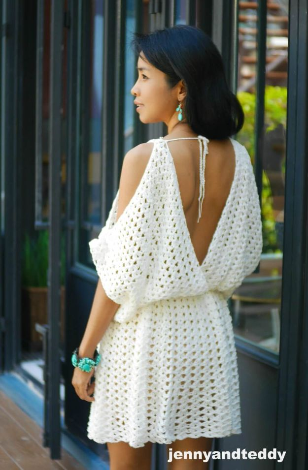 DIY Boho Clothes and Jewelry - White Hippie Boho Mini Dress - How to Make Easy Boho Fashion On A Budget - Edgy Homemade Hippe Clothing Ideas for Summer, Winter, Spring and Fall
