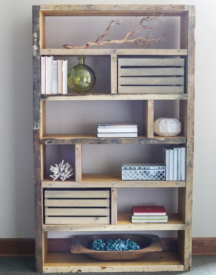 DIY Bookshelves - Crates and Reclaimed Pallet Bookshelf - Easy Book Shelf Ideas to Build for Cheap Home Decor - Tutorials and Plans, Best IKEA Hacks, Rustic Farmhouse and Mid Century Modern