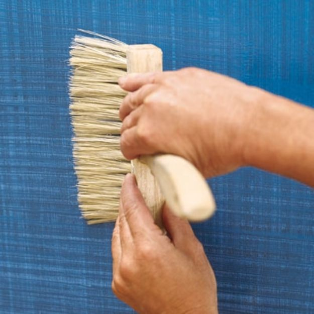 DIY Faux Finishes for Walls - Create Faux Fabric Effect - Step by Step Tutorials for Do It Yourself Faux Finish Wall Textures - Rustic, Colour, Tuscan Style, Simple Metallic, Sponge Painting Techniques, Roller and Drag Texture