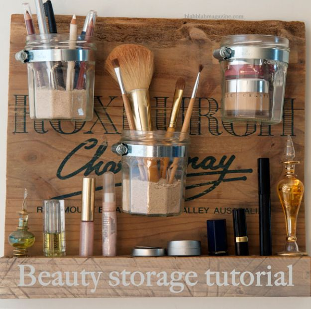 Easy Woodworking Projects - DIY Beauty Station - Cool DIY Wood Projects for Beginners - Easy Project Ideas and Plans for Homemade Gifts and Decor