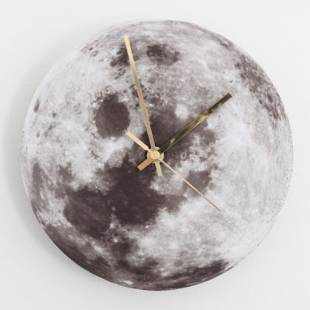 DIY Clocks - DIY Moon Clock - Easy and Cheap Home Decor Ideas and Crafts for Wall Clock - Cool Bedroom and Living Room Decor, Farmhouse and Modern