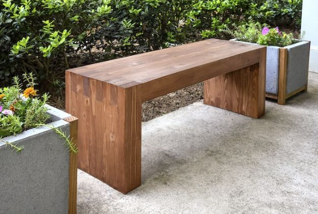 Easy Woodworking Projects - DIY Outdoor Bench - Cool DIY Wood Projects for Beginners - Easy Project Ideas and Plans for Homemade Gifts and Decor