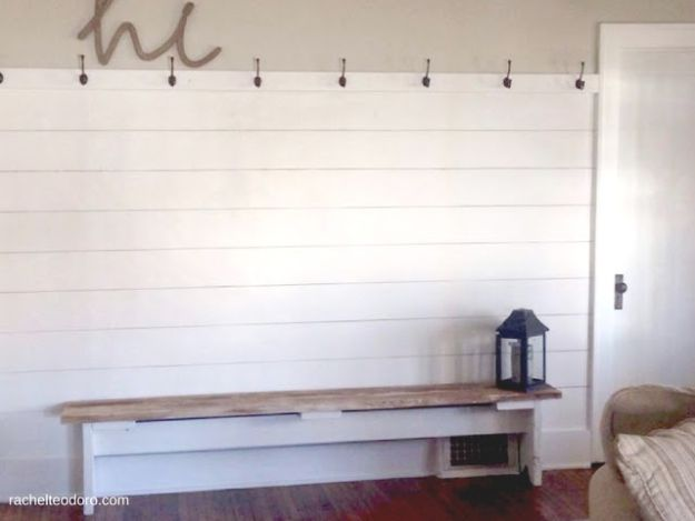 DIY Faux Finishes for Walls - DIY Sharpie Shiplap - Step by Step Tutorials for Do It Yourself Faux Finish Wall Textures - Rustic, Colour, Tuscan Style, Simple Metallic, Sponge Painting Techniques, Roller and Drag Texture