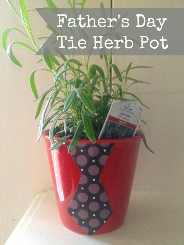 DIY Fathers Day Gifts - Father's Day Tie Herb Pot - Homemade Presents and Gift Ideas for Dad - Cute and Easy Things to Make For Father