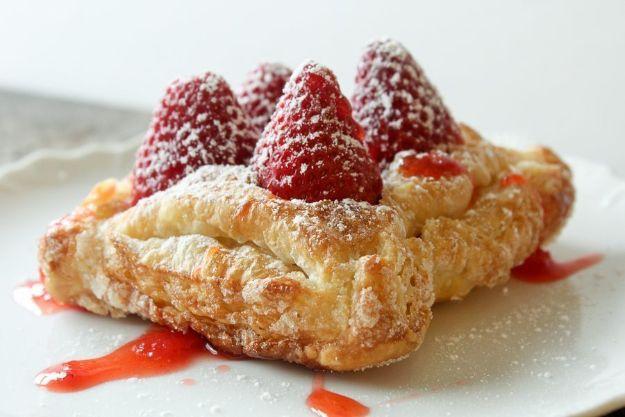 Best Strawberry Recipes - Fresh Strawberry Tarts - Easy Recipe Ideas With Fresh Strawberries - Dessert, Cakes, Breakfast, Muffins, Pie, Salad