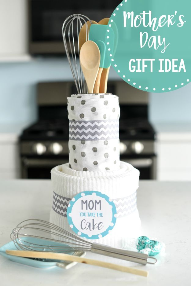 Cheap Mothers Day Gifts - Kitchen Towel Cake - Homemade Presents and Gift Ideas for Mom - Cute and Easy Things to Make For Mother