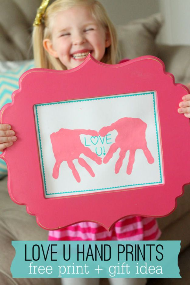 Cheap Mothers Day Gifts - Love U Hand Prints - Homemade Presents and Gift Ideas for Mom - Cute and Easy Things to Make For Mother