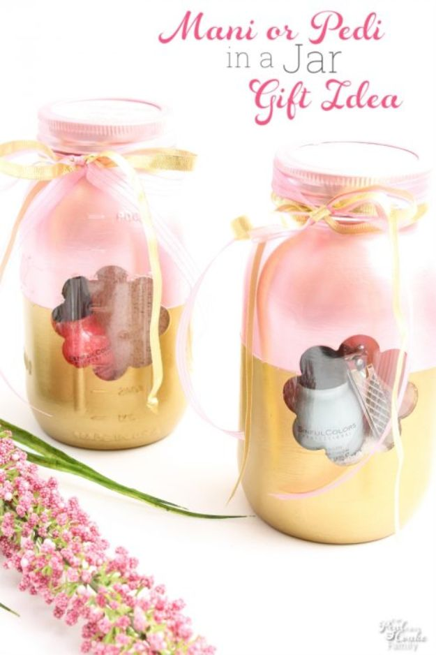 Cheap Mothers Day Gifts - Manicure or Pedicure in a Jar a Mother's Day Gift Idea - Homemade Presents and Gift Ideas for Mom - Cute and Easy Things to Make For Mother