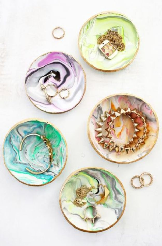 Cheap Mothers Day Gifts - Marbled Clay Ring Dish - Homemade Presents and Gift Ideas for Mom - Cute and Easy Things to Make For Mother