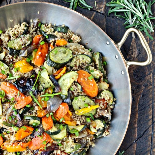 Quinoa Recipes - Quinoa with Roasted Vegetables - Easy Salads, Side Dishes and Healthy Recipe Ideas Made With Quinoa - Vegetable and Grain To Serve For Lunch, Dinner and Snack
