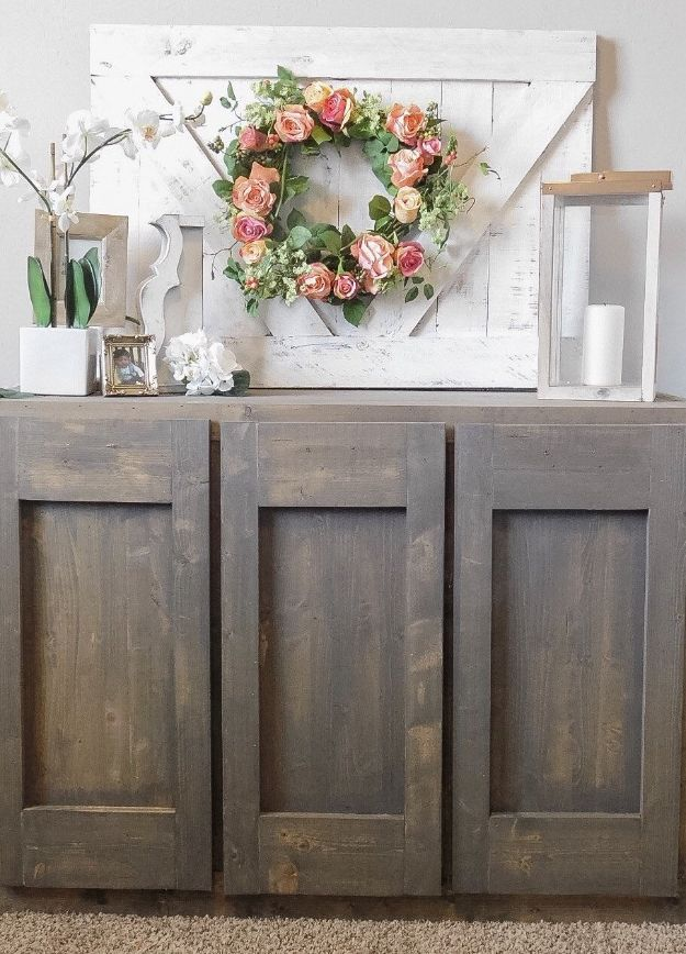 Easy Woodworking Projects - Rustic V Wall Decor - Cool DIY Wood Projects for Beginners - Easy Project Ideas and Plans for Homemade Gifts and Decor