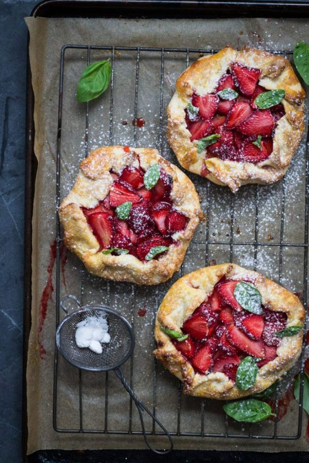 Best Strawberry Recipes - Strawberry and Basil Galette - Easy Recipe Ideas With Fresh Strawberries - Dessert, Cakes, Breakfast, Muffins, Pie, Salad