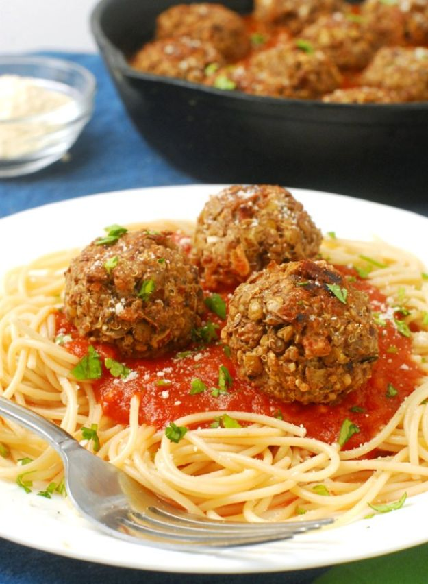 Quinoa Recipes - Vegetarian Lentil Quinoa Meatballs - Easy Salads, Side Dishes and Healthy Recipe Ideas Made With Quinoa - Vegetable and Grain To Serve For Lunch, Dinner and Snack