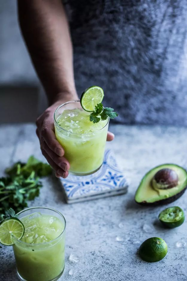 Margarita Recipes - Avocado And Lime Margarita - Drink Recipes for a Party - Recipe Ideas for Blender Margaritas - Lime, Strawberry, Fruit | Easy Drinks With Tequila