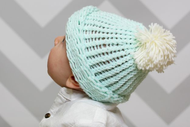 DIY Knitting Ideas for Baby - Baby Bobble Hat Knitting Loom Pattern - Easy Blanket, Hat, Booties, Toys and Sweater Tutorials to Knit for Babies - Boy and Girl Clothes and Nursery Decor for Gifts