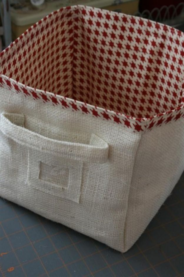 DIY Storage Baskets - Burlap Storage Bin DIY - Cheap and Easy Ideas for Getting Organized - Creative Home Decor on A Budget - Farmhouse, Modern and Rustic Basket Projects
