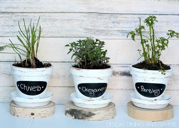 DIY Ideas for Clay Pots - Chalkboard Herb Pots - Cute Gardening Projects Tutorials for Decorating Pots - Pretty Rustic and Farmhouse Planters for Cheap Home Decor
