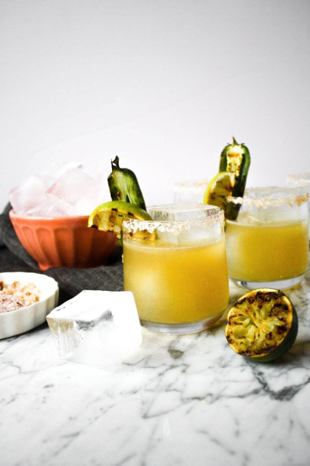 Margarita Recipes - Charred Lime & Jalapeño Margaritas - Drink Recipes for a Party - Recipe Ideas for Blender Margaritas - Lime, Strawberry, Fruit | Easy Drinks With Tequila