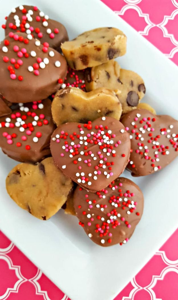 No Bake Cookie Recipes | Chocolate Covered Cookie Dough Hearts - Easy and Quick Recipe Ideas for Cookies | Oatmeal, Healthy, Gluten free