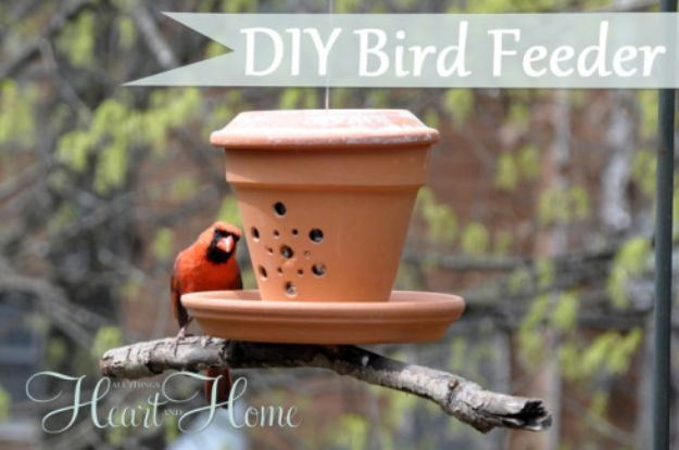 DIY Ideas for Clay Pots - DIY Bird Feeder From Clay Pot - Cute Gardening Projects Tutorials for Decorating Pots - Pretty Rustic and Farmhouse Planters for Cheap Home Decor