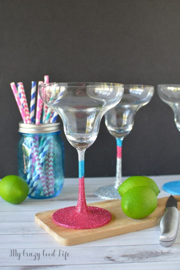 Easy Mothers Day Gifts - DIY Glitter Margarita Glasses - Cute Crafts and Homemade Presents for Mom | Thoughtful Gift Ideas to Make For Mother
