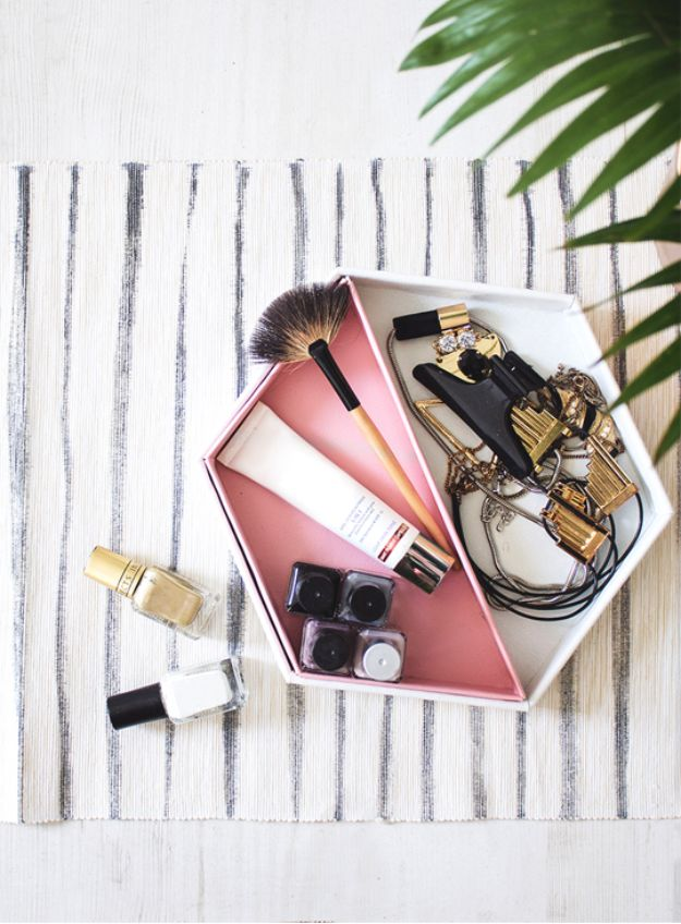 DIY Vanity Trays - DIY Leather Hexagon Vanity Tray – From Baking Tins - Easy Homemade Decor for Bathroom, Bedroom and Vanities - Tray to Store Jewelry and Accessories With These Cool and Easy Crafts