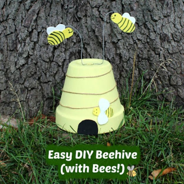 DIY Ideas for Clay Pots - Easy DIY Beehive - Cute Gardening Projects Tutorials for Decorating Pots - Pretty Rustic and Farmhouse Planters for Cheap Home Decor