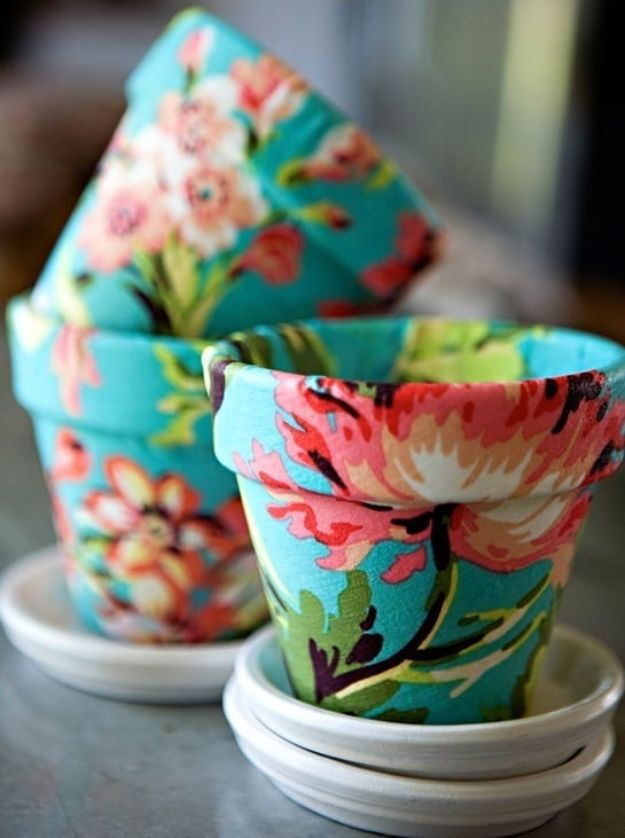 DIY Ideas for Clay Pots - Fabric Decoupaged Terra Cotta Flower Pot - Cute Gardening Projects Tutorials for Decorating Pots - Pretty Rustic and Farmhouse Planters for Cheap Home Decor
